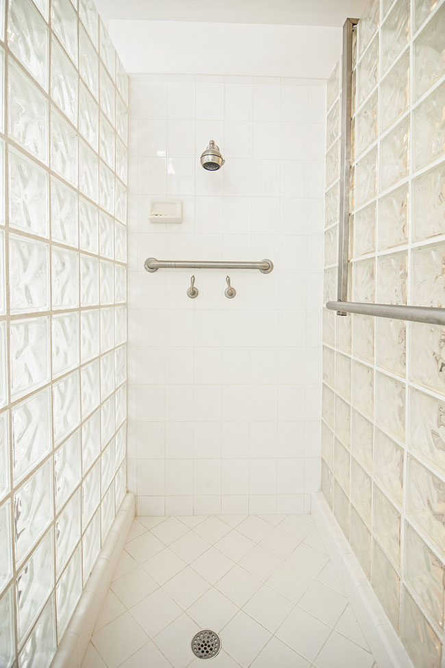 Curbless-Shower-Advantages